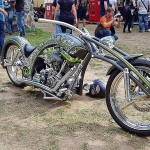 12 Custom-Bike in der Custom Area.jpg